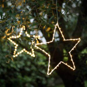 Etoile lumineuse led à suspendre en extérieur pour éclairer avec style vos arbres. Déco lumineuse étoile lumière led. Acheter boutique Paris et en ligne