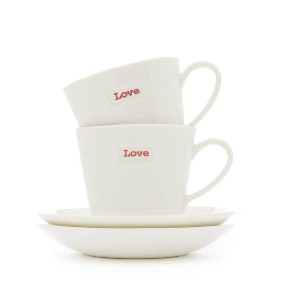 Set de tasses à café Love en porcelaine. Tasses avec mot d'amour. Livraison express et en vente aussi dans notre boutique à Paris