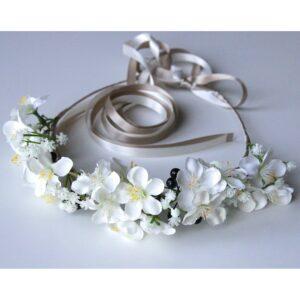 Couronne de fleurs Blossoms. Couronne de fleurs artificielles en tissu faite main à Paris. Couronne pour mariage ou quotidien. Boutique Paris