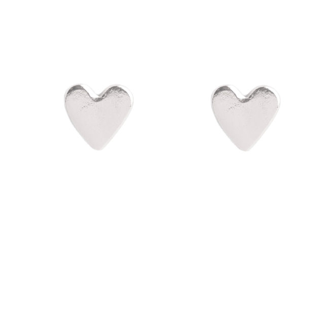 Boucles d'oreille puces en forme de coeur argent. Bijou bohème chic argent à petit prix. Acheter dans notre boutique à Paris et en ligne
