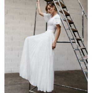 By Romance - Jupe longue blanche plissée Elégante. Jupe de mariée simple et fluide. Acheter en ligne et dans notre boutique à Paris