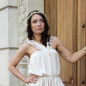Couronne de fleurs stabilisées en gypsophile. Accessoires cheveux pour mariée ou témoin. Acheter en boutique à Paris et en ligne