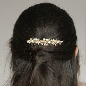 Accessoire de cheveux Peigne feuilles et perles doré ou argenté pour coiffure chignon de mariée ou cheveux wavy. Acheter boutique Paris ou en ligne