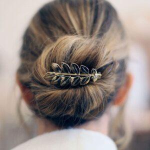Petite barrette pour cheveux petites feuilles dorées. Accessoire de cheveux doré et stylé pour mariage ou quotidien. Acheter boutique Paris et eshop