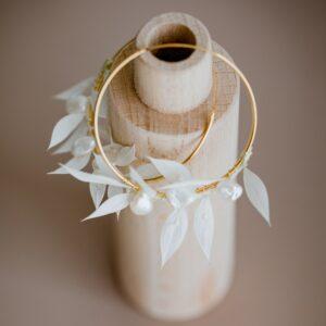 Boucles d'oreille feuilles blanches stabilisées Feuillage. Bijou fleurs stabilisées mariage blanc. Accessoires mariée acheter boutique Paris et en ligne