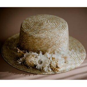 Chapeau canotier feuilles blanches stabilisées Feuillage. Accessoire mariée vraies fleurs naturelles. Accessoires mariée acheter boutique Paris et en ligne
