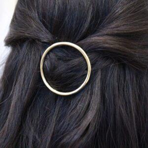 Barrette cheveux clip ronde métallisée. Accessoire de cheveux barrette dorée ou argent. Bijou de tête mariage ou quotidien. Acheter boutique Paris et online