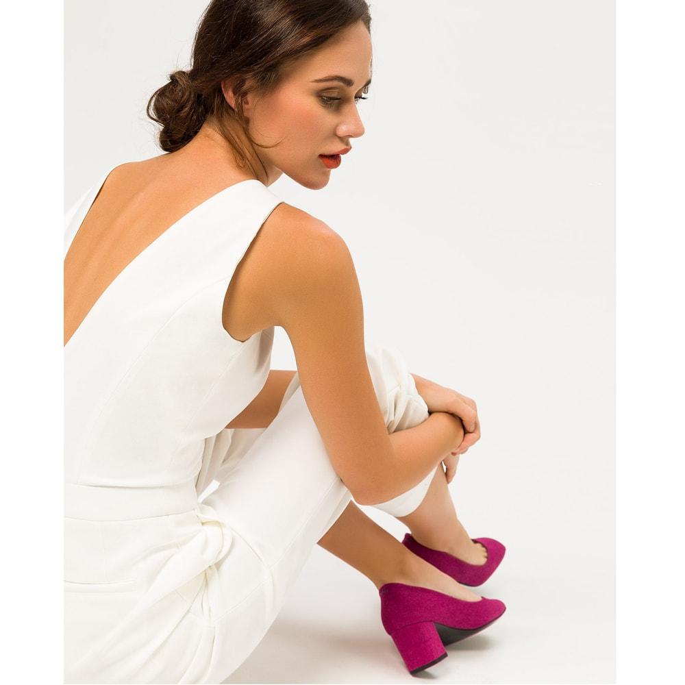 Ivy and Oak. Collection robes de mariée, combinaisons blanches, jupes longues et robes courtes mariage civil. Acheter en ligne et boutique Paris
