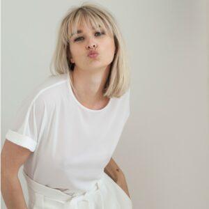 By Romance - Top blanc de mariée Hester. Top jolie matière blanc ivoire. Tenue de mariage ensemble stylé. Acheter boutique Paris et en ligne