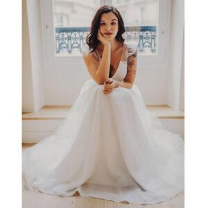 Robe de mariée longue Céleste Bo'M collection 2021. Essayer robe tulle et dentelle boutique mariage Paris sur RDV