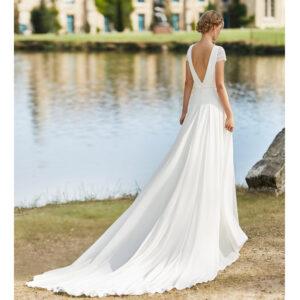 Robe de mariée bohème Walea collection Alma 2021. robe de mariée dentelle et dos nu fluide, jupe et top. Essayer boutique mariage paris