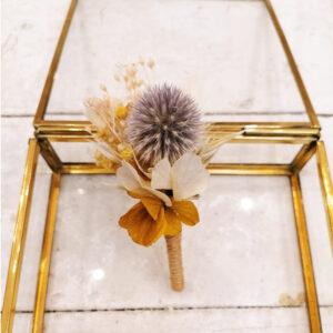 Boutonnière de fleurs stabilisées et séchées pastel. boutonnière homme mariage couleurs pastel. Acheter site en ligne et boutique Paris