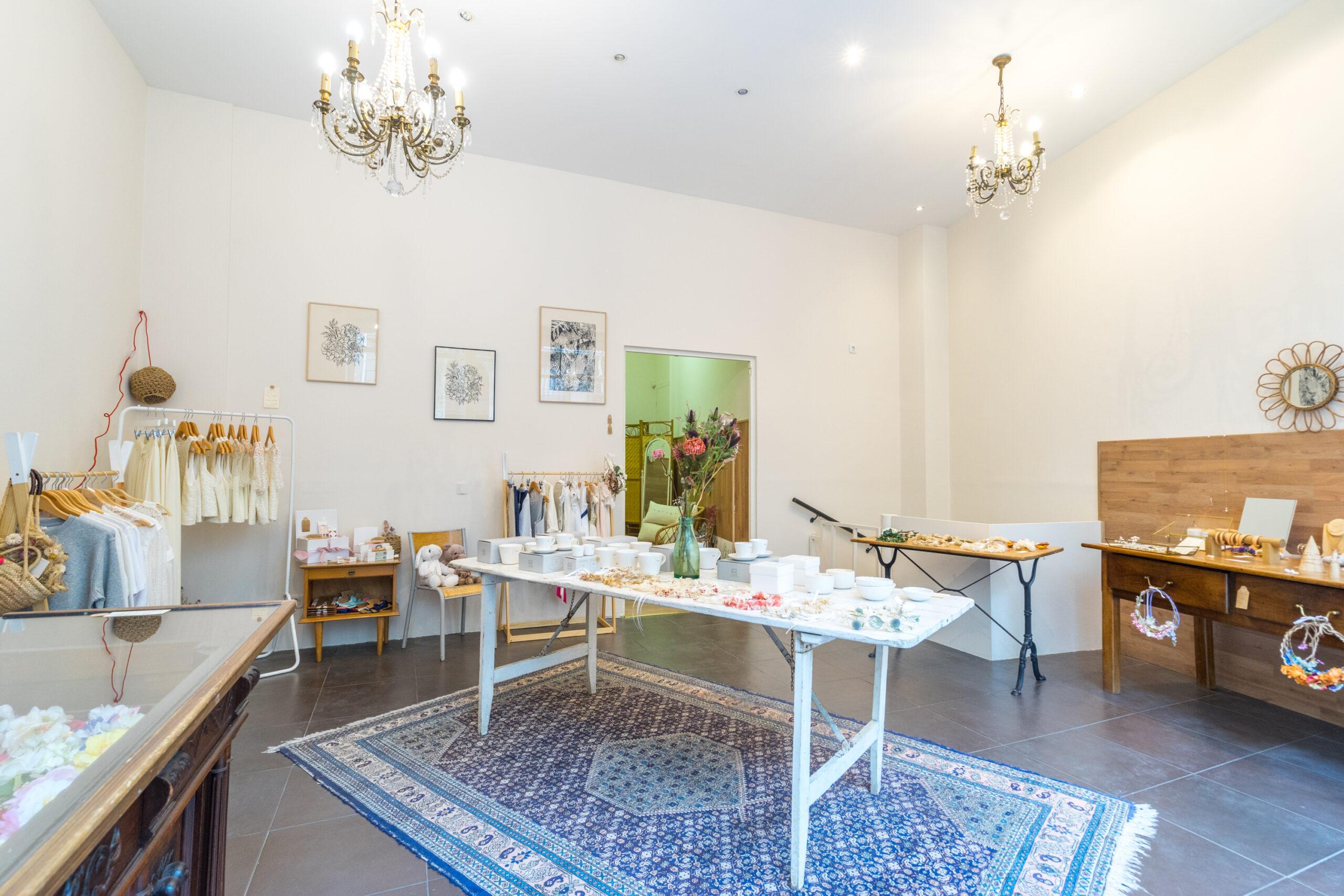 Réouverture de notre boutique à Paris ! concept store mariage Paris acheter accessoires mariée et essayage robes de mariée