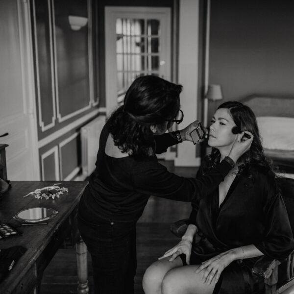 Prestation Coiffure Maquillage Evénement à domicile. coiffeuse maquilleuse pro pour soirée, évènement. Réserver prestation beauté