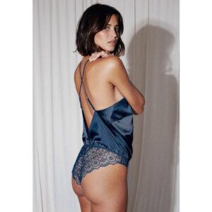 Lingerie Body couleur bleu nuit Tara. Body soie dentelle cosy confortable pas cher bleu noir. Acheter boutique paris en ligne