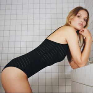 Lingerie Body noir en coton bio Pia par Icone lingerie. Body casual et confortable. Acheter en ligne et boutique à Paris 11ème