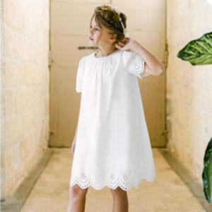 Robe fille Colette Les Petits Inclassables baptême cérémonie et cortège. Robe courte broderie pour communion. Dispo boutique Paris
