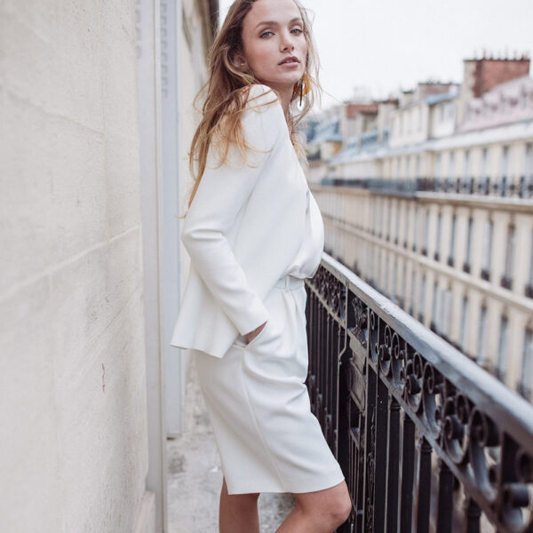 Bermuda de mariée blanc ivoire Berthe. Tenue de mariée ensemble blanc ivoire. Mariage civil. Acheter boutique Paris et en ligne