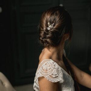 Pic à chignon Firmin perles transparentes et feuille dorée